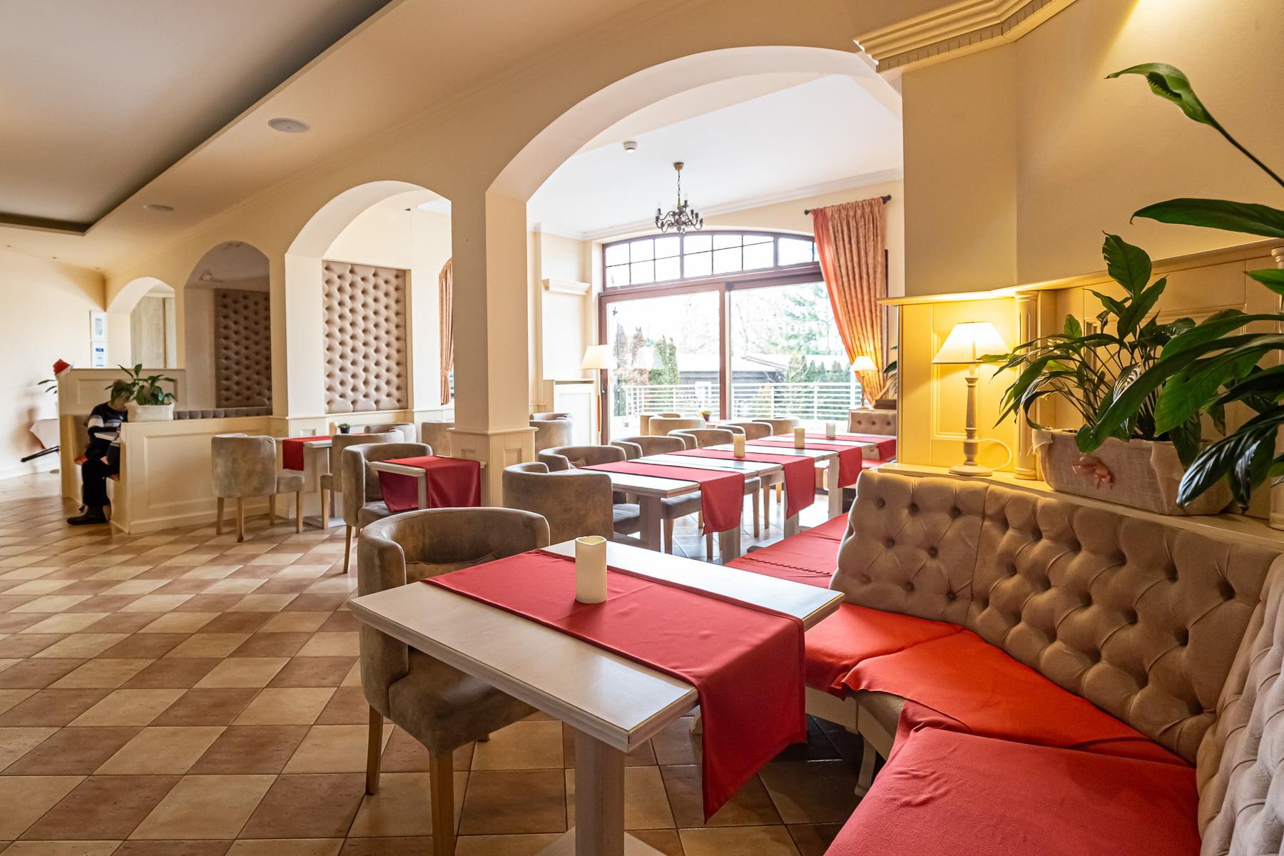 Trofana Restaurant
